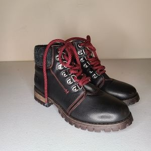 Dirty Laundry Winter Boots sz 6 [V4]